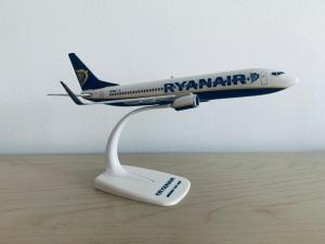 Ryanair B737-800 EI-ENX
